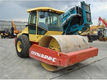 DYNAPAC CA402D